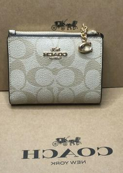 Coach Signature Snap Card Case Small Wallet in Light Khaki /